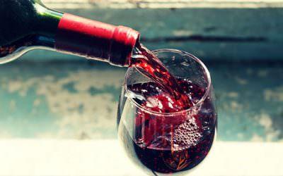 Vinul rosu: totul despre beneficiile si proprietatile acestuia