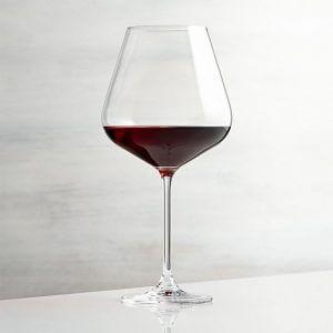 pahar vin rosu 3